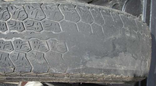 Lốp xe bị mòn