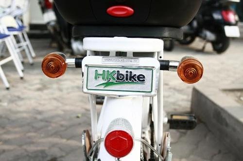 Kiểm tra xi nhan khi mua xe đạp điện cũ